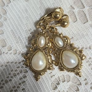 Constume Pearl and Gold Clip On Earrings